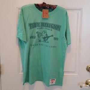 True Religion Green World Tour T Shirt Lrg NWT